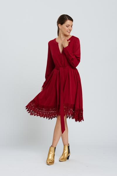 dreamer dress in wine