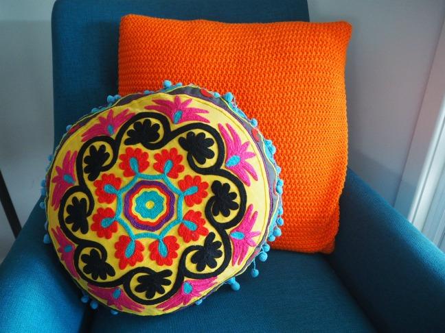 round bohemin cushion